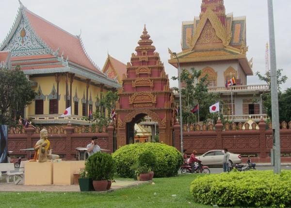 Top 10 bezienswaardigheden Phnom Penh: Wat Ounalom